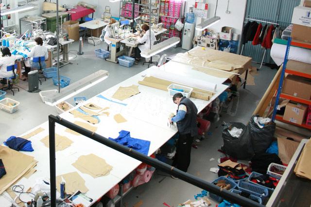Atelierul de productie (Spania)